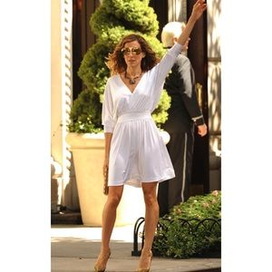 Halston Carrie Bradshaw white mini dress size 0